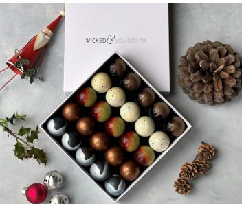Couture Christmas Chocolate Box (Box of 25 chocolates)