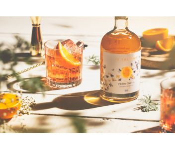 Dry Amber English Vermouth