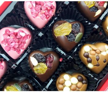 Valentines Solid Chocolate Gallery