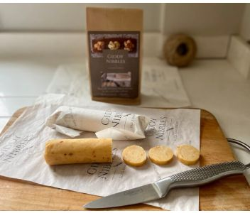 Giddy Nibbles Bake-at-Home Cheese Biscuits: Red Leicester & Pink Peppercorn and Cheddar & Fennel
