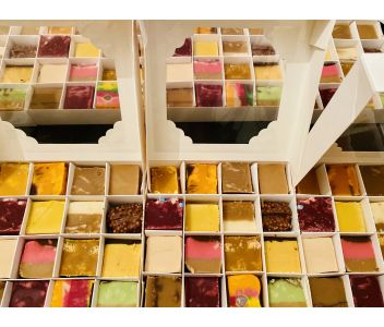 Handmade Fudge Gift Box. 16 Mixed Flavours