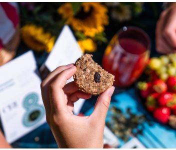 Raw Oatmeal & Raisin Cookies