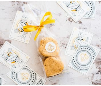 Vegan Maple & Walnut Shortbread Biscuits Gift Bag