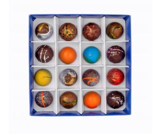 Classic Box of 16 Chocolate Bonbons