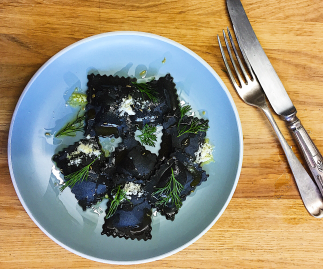 Squid Ink Stained King Prawn & Crayfish Ravioli (6 servings)
